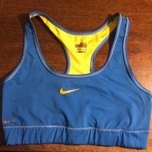 Nike Livestrong Sportsbra